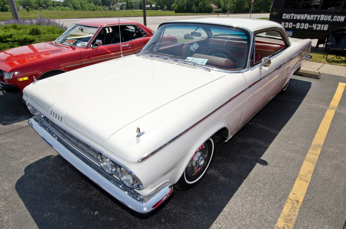 This 1964 Dodge 880 Custom is all original.
