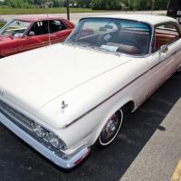 FEATURE: 1964 Dodge Custom 880