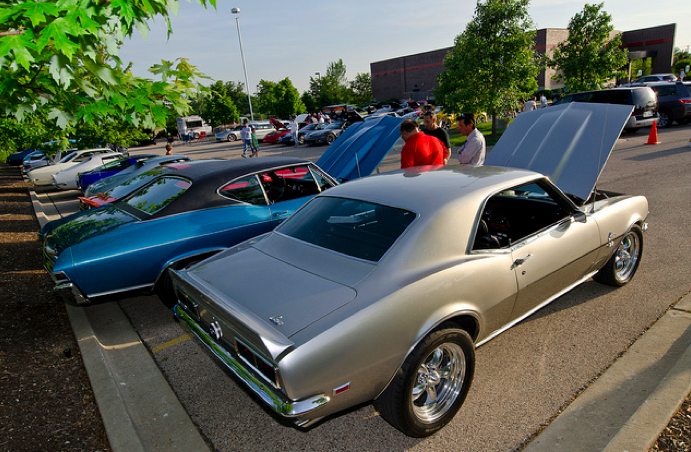 Classic cars lined up at Jersey's Pizza and Grill in Hoffman Estates, Illinois.