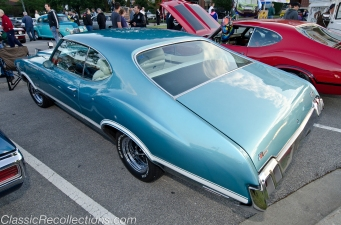 This 1970 Oldsmobile 442 is painted in Aegean Aqua.