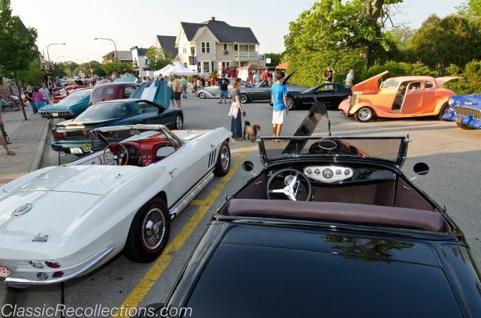 Classic cars parked at the 2012 downtown Barrington, Illinois classic car cruise.