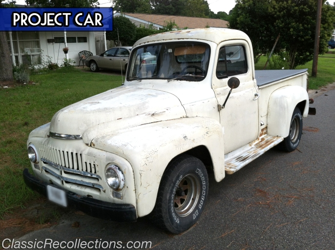 This 1952 International L-series pickup looks to be a solid restoration project.
