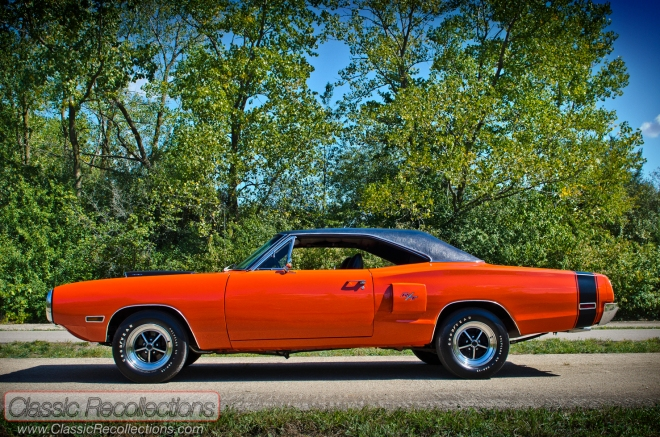 Halloween Muscle Cars: 1970 Dodge Coronet R/T, 1969 Ford Mustang Boss 302, 1972 Chevrolet Camaro SS