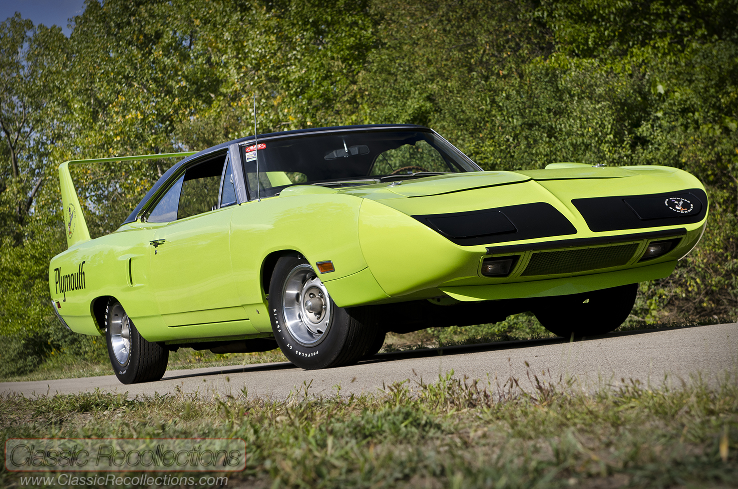 Feature 1970 Plymouth Superbird Classic Recollections