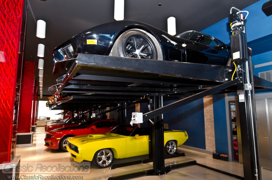 This dream garage was built to look like the Las Vegas strip.
