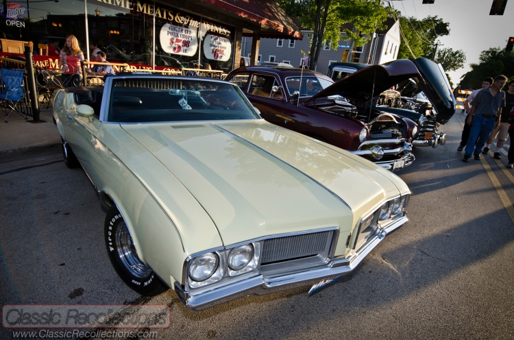 Classic, antique and muscle cars parked at the downtown Cary, Illinois cruise night. 2013