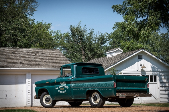 1961 Chevrolet Apache pickup truck barn find