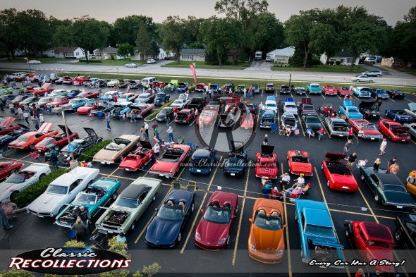 Rolling Meadows cruise night wide.
